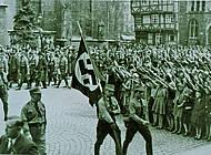 Kundgebeung anlässlich der Eröffnung des nationalsozialistischen Landtags am 29.04.1933. Foto: Niedersächisches Landesarchiv - Staatsarchiv Wolfenbüttel 50 Slg 95