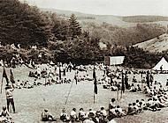 Die Willensbildung in den Kinderrepubliken war in Zeltgemeinschaft, Dorfrat und Lagerparlament gegliedert. Foto: Arbeitskreis Andere Geschichte.