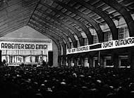 Kundgebung in der Stadthalle Braunschweig mit Reichstagsfraktionsvorsitzenden Otto Wels am 24.10.1931. Foto: Archiv der sozialen Demokratie