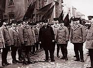 Reichsbannerleute mit Reichstagspräsident Paul Löbe. Foto: Sammlung Götting